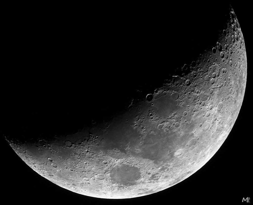Lune 1/4